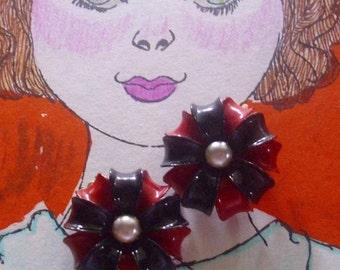 Vintage Red Black Enamel Flower Earrings