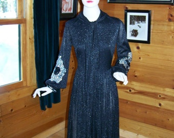 Vintage 60's Women's Party Sparkle Black Dress with Sequins  Made in Montreal Beautiful -Small- Bust 34""