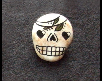 Skull Pin Day of the Dead Brooch Polymer Clay Jewelry Goth Gift Skeleton Halloween Gift Lapel Pin Cool Pins Folk Art Creepy Cute Sugar Skull