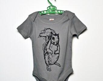 Squirrel Infant Onesie - 6-12m (Slate Grey)