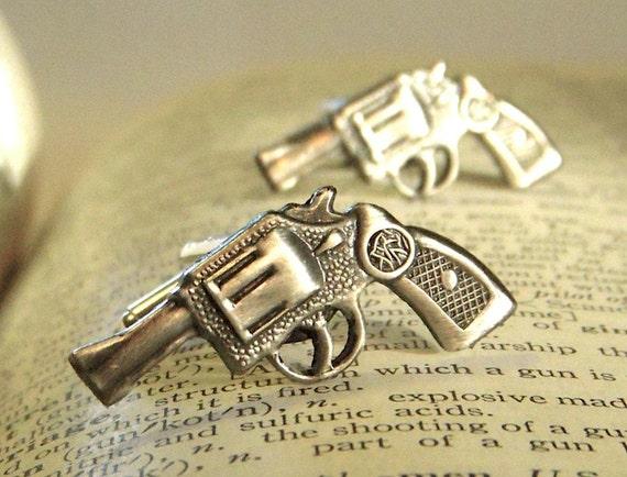 Gun Cufflinks Men's Cufflinks Antiqued Silver Tone Miniature Revolvers Steampunk Cufflinks Tiny Guns Cuff Links
