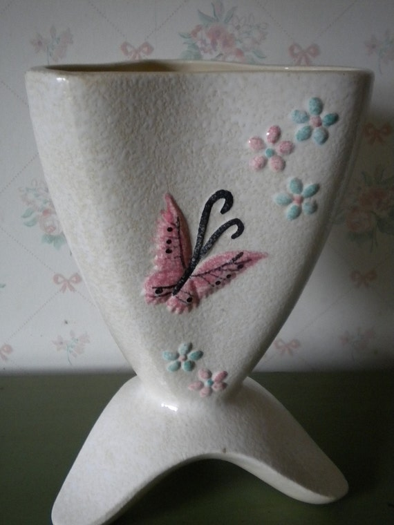 SALE Hull Butterfly Vase B14, 1956