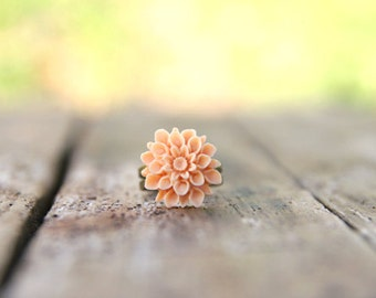 Soft Pale Peach Chrysanthemum Flower Ring // Bridesmaid Gifts // Rustic Vintage Wedding