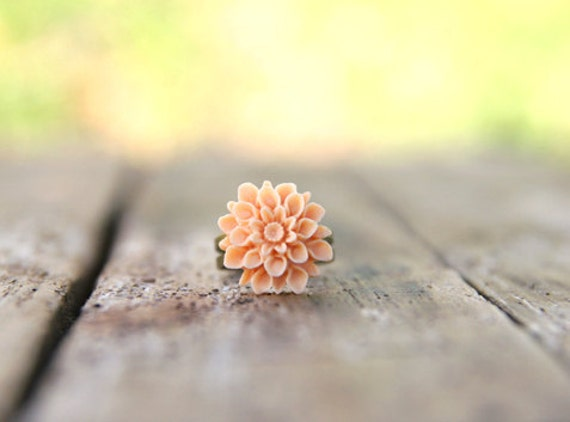 CLEARANCE Soft Pale Peach Chrysanthemum Flower Ring // Bridesmaid Gifts // Rustic Vintage Wedding