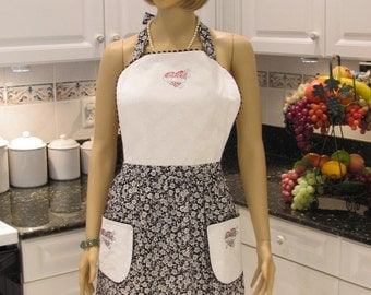 FULL APRON DESIGNER Style, modern apron  in black and white print with heart applique,two pockets