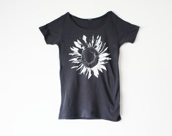 Organic Clothing - Womens Flower Shirt  -  White Sunflower - Bamboo - Organic Cotton - In Small, Medium, Large, XL