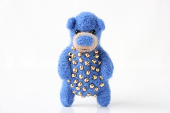 Deep blue bear with golden beads, brooch