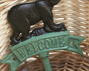 Bear Wall Hook, Welcome Sign, Oil Rubbed Bronze, Sage, Cast Iron, Country Cottage, Lodge, Rustic, Cabin, Animals, Welcome Home, Hunters.