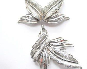 70's SILVER EARRINGS Feather & Silver Leaf Earring and Brooch Set in Silver Tone