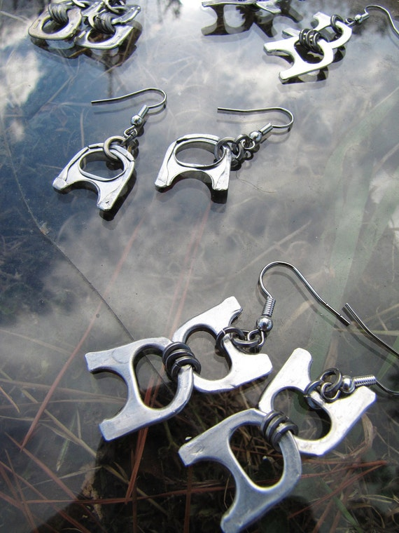 JANUARY SALE: Recycled Metal, Silver Colour, Aluminium Ring Pull Earrings, Pull Tab Earrings, Lightweight and Unusual