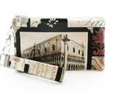 Storytelling Vintage style wristlet set with zipper pouch & key fob - Piazza San Marco Venice Italy