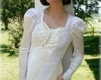 Vintage 40s satin Wedding dress - 1940s bridal dress - dress with train