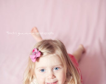 10x10 Photography Backdrop...SOLID PINK...Machine Wash/Dry..wrinkle resistant