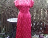 Elegant 1950s Vintage ruby red brocade occasion dress - Medium