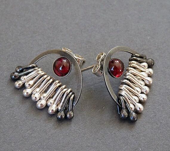 Sterling Silver Post Earrings with Garnet EG3