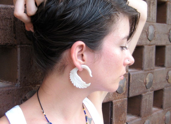 Fake Gauge Earrings Fake Plugs White Bone Swan Tribal Earrings - Piercing Gauges Plugs Bone - FG001 B G1
