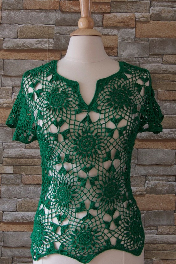 Crocheted cotton green top/blouse for summer made in Montreal