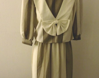 Vintage - Call Me Fanny Brice - Dress Large Bow / Beige And Creme Stripes Chic