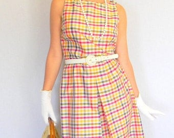 Vintage Plaid Dress Size Large. Twee dress.  90s does 60s Multicolor Gingham Dress. Mad Men Fashion. Summer Dress. Picnic Dress.