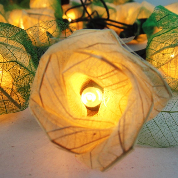 35 White Romantic Rose Flower Fairy String Lights Wedding Party Floral Floor Table or Hanging Home Decor 3.5m
