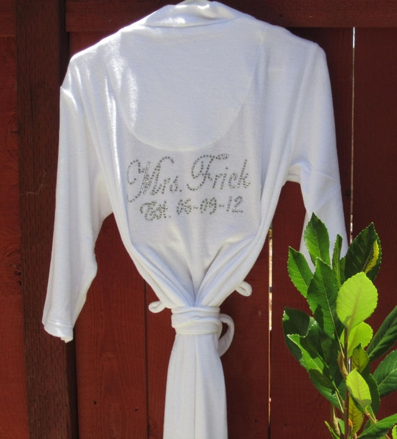 ROBE, Wedding Party Gifts, Bridal Shower Gift, Bridal Gifts, Personalized Gifts for Brides, Mother of the Bride Gift, Custom Bejeweled Robe