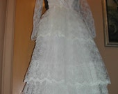 White Wedding Gown Size 8 Sears Roebuck 1970s Union Made SPOOKY Bride