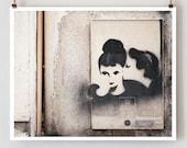 Paris Graffiti, Kiss Photo, Paris Photography,  French Art Prints, Black Paris Decor, Graffiti Art - TheParisPrintShop