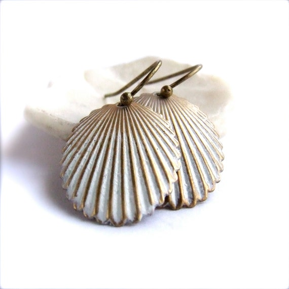 White Patina Dangle Drop Earrings Brass Sea Shell Beach Handmade Fashion Jewelry