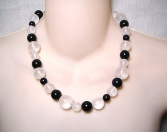 """Vintage Black Clear Ball Bead Necklace 19"""""""