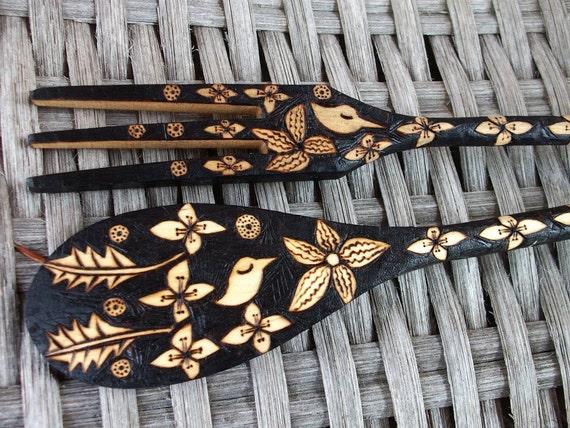 custom serving fork and spoon set, flower bird leaf ooak design, wood burning, burnedfurniture handmade