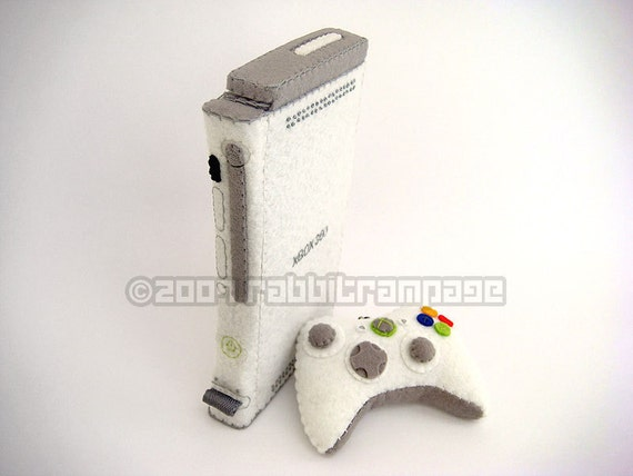 Felt XBox 360 Case with Controller Keychain