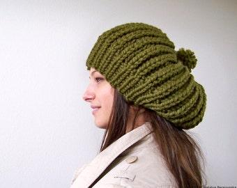 Knit Hat, Pom Pom Hat, Green Hat, Womens Slouchy Hat, Slouchy Beanie, Chunky Knit Hat, Slouch Hat, Slouch Beanie, Chunky Hat, Winter Hat