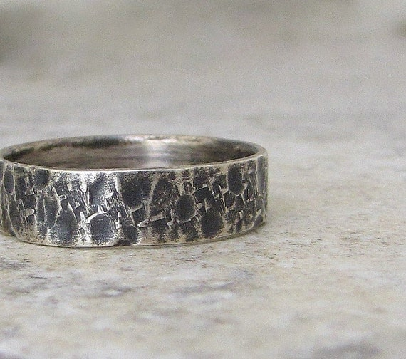 Rustic Wedding Band Hammered Silver Ring Mens Wedding Band Distressed Wedding Ring Unique Wedding Bands Rough Textured Men's Ring for Him
