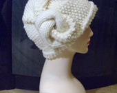 knitted cloche in ivory
