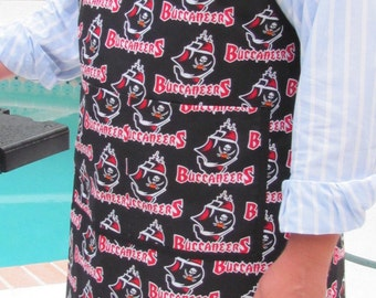 READY TO SHIP: Chef Apron, Buccaneer print, football team,   barbecue cookout apron, , generous in size
