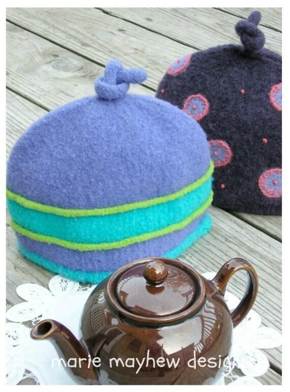 2 Cup Tea Cosy Knitting Pattern : PATTERN-BOOKLET. A Knit & Felt Wool 2-Cup Tea Cozy Pattern