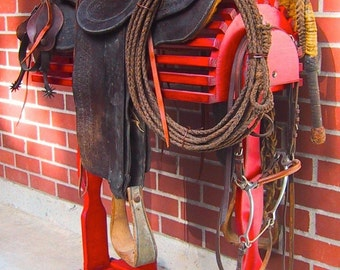 Western and English Saddle Stand