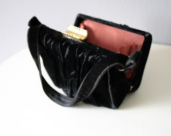 "30s 40s Vintage Black Evening Bag, Formal Box Purse, Velvet Prom Clutch, ""La France"" WWll Handbag"