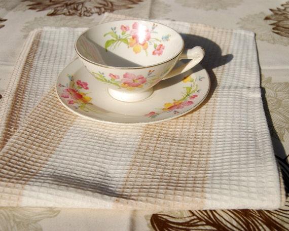 Tea Towel - Dish Cloth - Dish Towel - Kitchen Hostess - Organic Cotton - Eco Friendly
