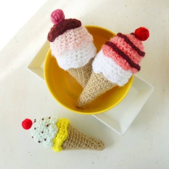 Amigurumi Ice Cream Pattern : Ice Cream Crochet Pattern PDF tiny amigurumi food by bySol