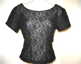 VINTAGE 1950s Solid Black Lace Blouse Short Sleeve Button Back Blouse Shirt Womens Scoop Neck Top Rockabilly Pin Up EXCELLENT CONDITION