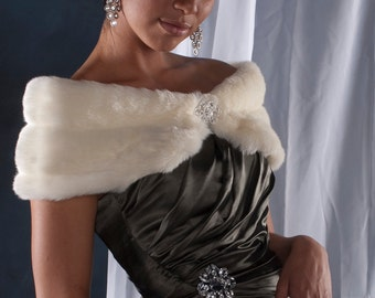 "Custom 6"" wide faux fur Wrap shawl winter wedding woman's shrug Available Winter white, Ivory, Cream  or Black grooved faux fur"