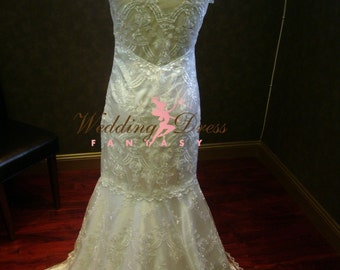 Gorgeous Chantilly Lace illusion back Wedding Dress with cap sleeves
