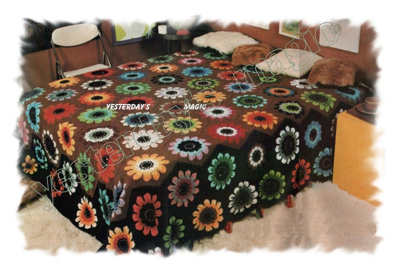 Instant Download PDF Crochet Pattern to make Bold Hippy Daisy or Sunflower Retro Style Bedspread Flower Power Bed Cover Blanket or Cushion