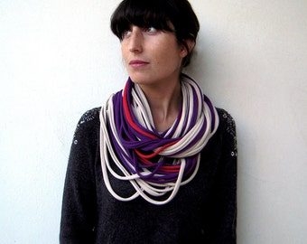 The noodle scarf - handmade in beige, red and purple jersey cotton fabric