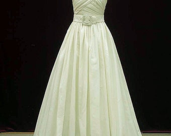 Single Shoulder Wedding Dress with Pockets in Taffeta