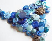Underwater Love - vintage button necklace in blues
