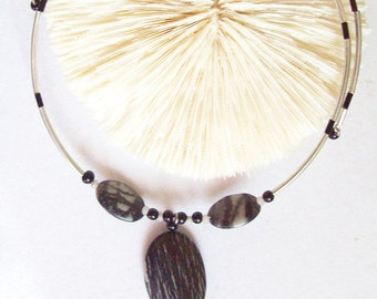 Picasso Marble Beads on Memory Wire, Choker, Necklace, Black and White  ID 066