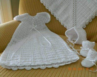 Baby Christening crochet 4 piece set, Quality Paton's Beehive Baby Yarn/bonnet/gown/blanket/booties/FREE USA shipping
