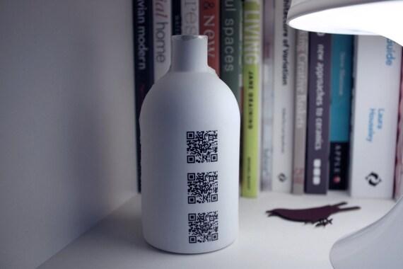 Bud vase bottle. Stoneware English fine bone china big white bottle